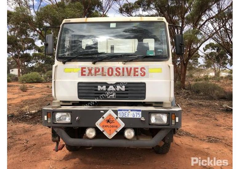 Used M A N  2005 M A N 18 280 Tray Truck in , - Listed on