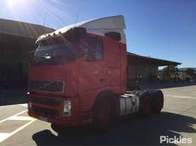 2004 Volvo FH12 - picture2' - Click to enlarge