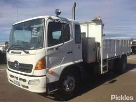 2006 Hino Ranger FG1J - picture2' - Click to enlarge