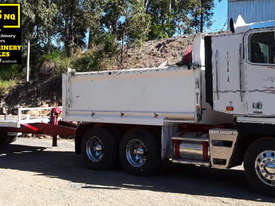 Freightliner Argossy Tipper & Tag Trailer.  TS481 - picture0' - Click to enlarge