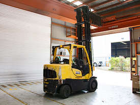7.0T LPG Counterbalance Forklift  - picture2' - Click to enlarge