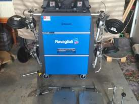 RACAGLIOLI RAV TD 3000 HP.B COMPUTERIZED WHEEL ALIGNMENT - picture1' - Click to enlarge