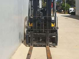 4.0T LPG Counterbalance Forklift - picture1' - Click to enlarge