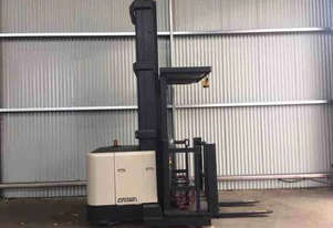 Crown SP3000 Stock Picker Forklift