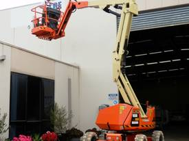JLG 340AJ Diesel Articulating Boom Lift - picture2' - Click to enlarge