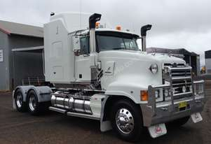 Mack 2003   Superliner