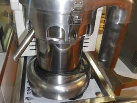 Brand New Linkrich Industrial Juicer - picture0' - Click to enlarge