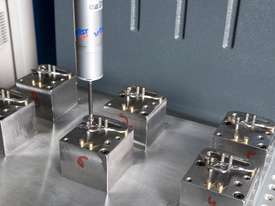 3D scanning coordinate measuring machine Duramax   - picture2' - Click to enlarge