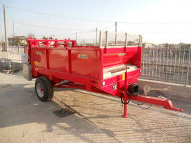 Tuffass M40 manure / compost spreader - picture6' - Click to enlarge