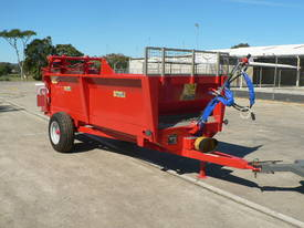 Tuffass M40 manure / compost spreader - picture8' - Click to enlarge