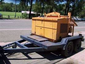 15 Kn hydraulic winch trailer , 3cyl diesel power - picture1' - Click to enlarge