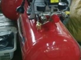 RHINO AIR COMPRESSOR 2Hp 50 Ltr TANK SINGLE PHASE  *ON SALE* - picture4' - Click to enlarge