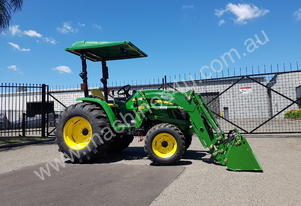 John Deere 4105 4in1 bucket tractor hire / rental