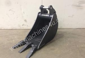 UNUSED 300MM TOOTHED BUCKET SUIT 1-2T EXCAVATOR D7