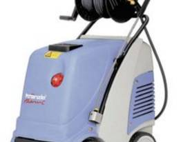 Kranzle CA13-180 Hot Water 415v 3 phase Pressure Cleaner - picture0' - Click to enlarge
