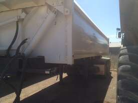 Howard Porter R/T Lead/Mid Side tipper Trailer - picture3' - Click to enlarge