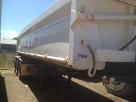 Howard Porter R/T Lead/Mid Side tipper Trailer - picture5' - Click to enlarge