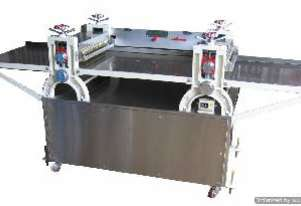 Twin Linked Bar Cutter (on tray)
