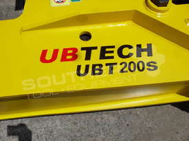 UBT200S Silence Excavator Hydraulic Rock Breaker ATTUBT - picture3' - Click to enlarge