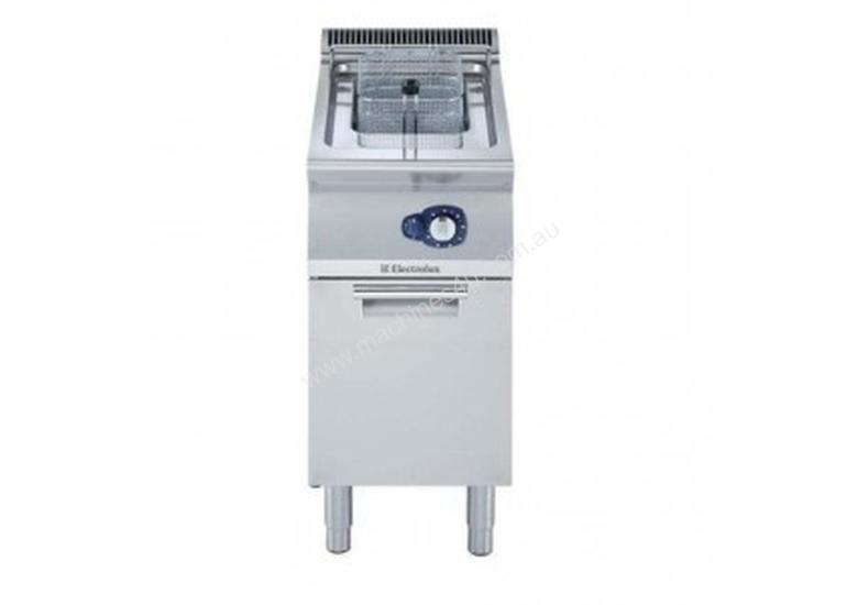 Electrolux 700XP Free Standing Gas Fryer Single Well 15L E7FRGD1GF0