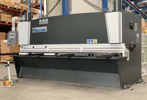 3200mm x 8mm Heavy Duty Variable Rake With Rear Sheet Supports