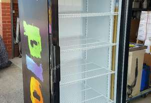 Or  UPRIGHT SHOP DISPLAY FRIDGE