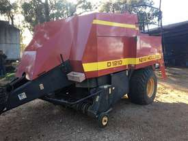 New Holland D1210 Square Baler Hay/Forage Equip - picture0' - Click to enlarge