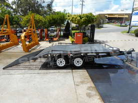 Plant Trailers 4.5 TON Moffett Forklifts Tailgater 4500kg Trailers ATTPT - picture8' - Click to enlarge