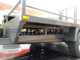 Plant Trailers 4.5 TON Moffett Forklifts Tailgater 4500kg Trailers ATTPT - picture13' - Click to enlarge