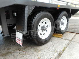Plant Trailers 4.5 TON Moffett Forklifts Tailgater 4500kg Trailers ATTPT - picture15' - Click to enlarge