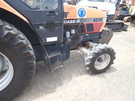 Case IH 4230 Tractor and Slasher - picture4' - Click to enlarge