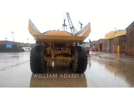 CATERPILLAR 745C Articulated Trucks - picture3' - Click to enlarge