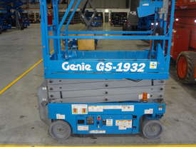07/2013 Genie GS1932 - Narrow Electric Scissor Lift - picture0' - Click to enlarge