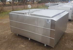 STAINLESS STEEL TANK, MILK VAT 2300 LT