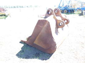 Digger Bucket Caterpillar - picture1' - Click to enlarge