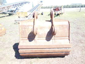 Digger Bucket Caterpillar - picture2' - Click to enlarge