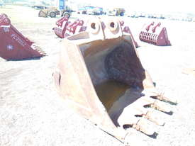 Digger Bucket Caterpillar - picture3' - Click to enlarge