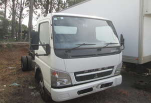 2010 Mitsubishi Canter FE83 - Wrecking - Stock ID 1616
