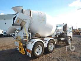 HINO FM1J Mixer Truck - picture2' - Click to enlarge