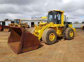 1986 Komatsu WA400-1 Wheel Loader *CONDITIONS APPLY* - picture0' - Click to enlarge