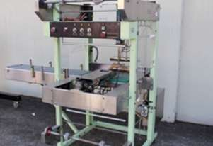 Automatic Sleeve Wrapper Collator - Packmatic Collator 65ASW