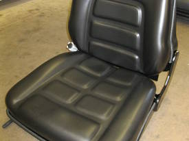 Forklift seats to suit all models