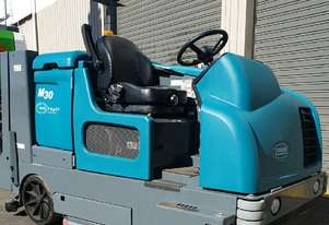 Tennant M30 Sweeper / Scrubber