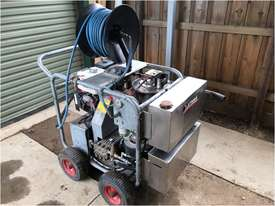 $5,800 Hot Water Pressure Washer  - picture1' - Click to enlarge
