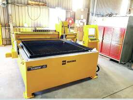 Flashcut CNC machine 1.5X3m water table + Hypertherm PMX 85XP Plasma - picture0' - Click to enlarge