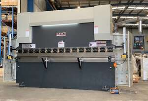 ASSET INDUSTRIAL - 3200mm x 135Ton Ton NC Programmable Includes Laser Guards