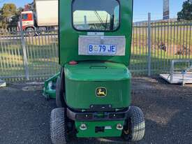 John Deere 1445 Out Front Mower - picture2' - Click to enlarge