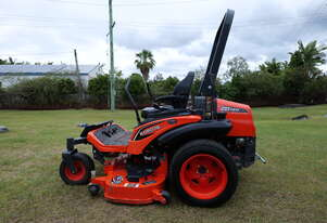 Kubota ZD-1211 Ride On Mower - Great Condition!