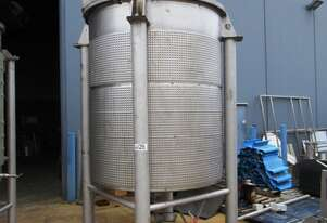 Stainless Steel Jacketed Mixing Tank, Capacity: 5,800Lt