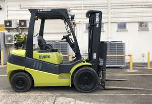 Refurbished Container Access 3.0t LPG CLARK Forklift